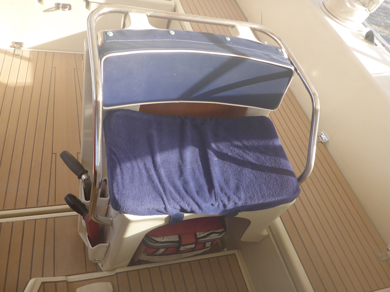 Amel Super Maramu 2000 Cockpit Seat Cushion size