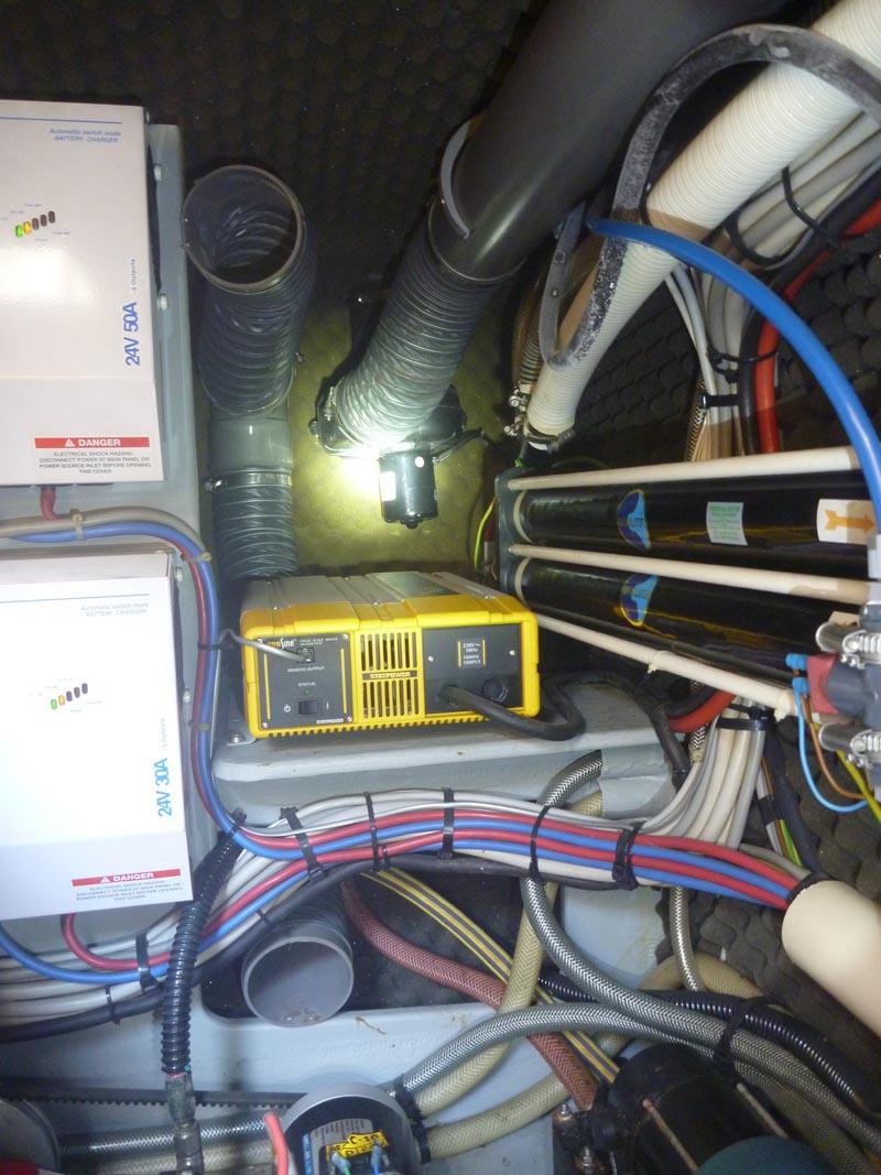 Marine Engine Room Lights: Nikimat Amel Super Maramu 2000 Engine Room Ventilation 24
